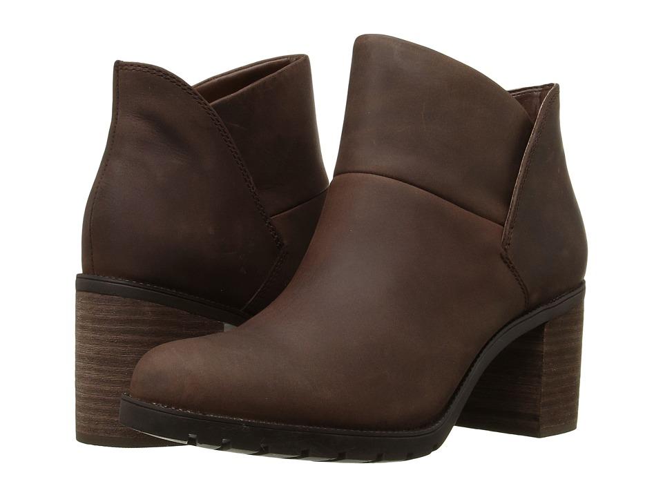 Clarks - Malvet Helen (Brown Nubuck) Women's Boots