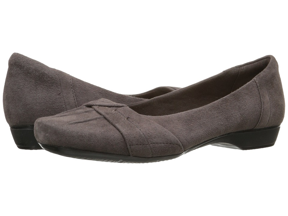 Clarks - Blanche Fria (Taupe Suede) Women's Flat Shoes