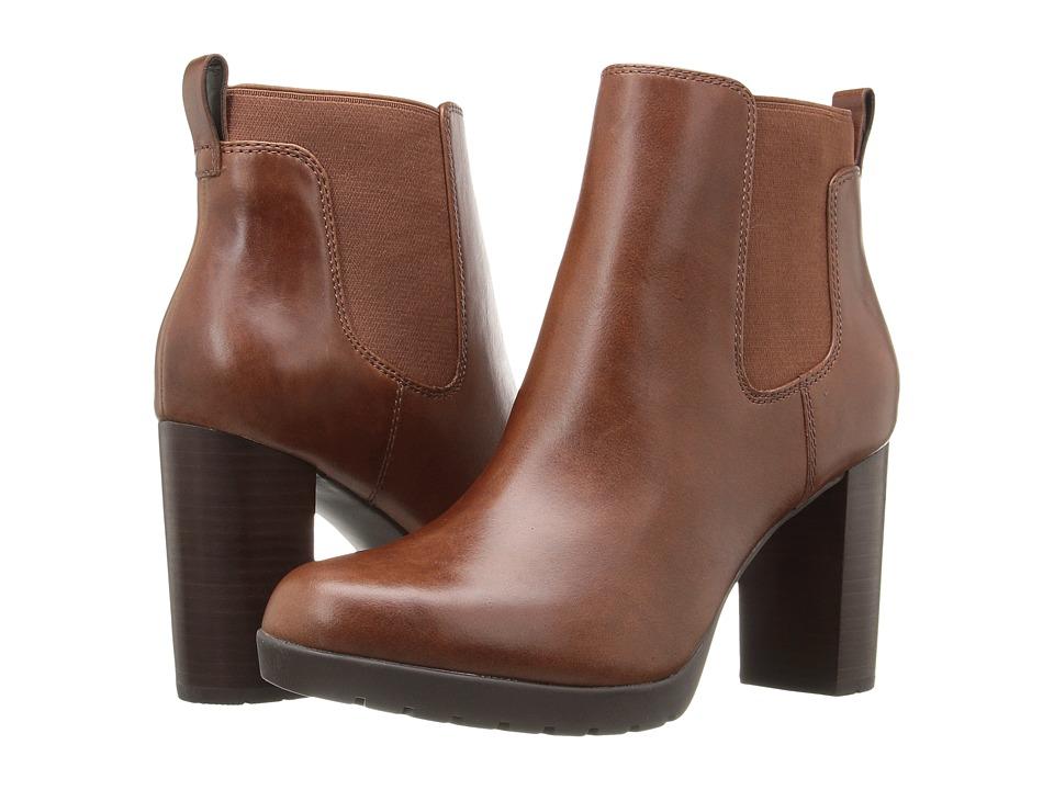 Clarks - Elipsa Dee (Dark Tan Leather) Women's Boots