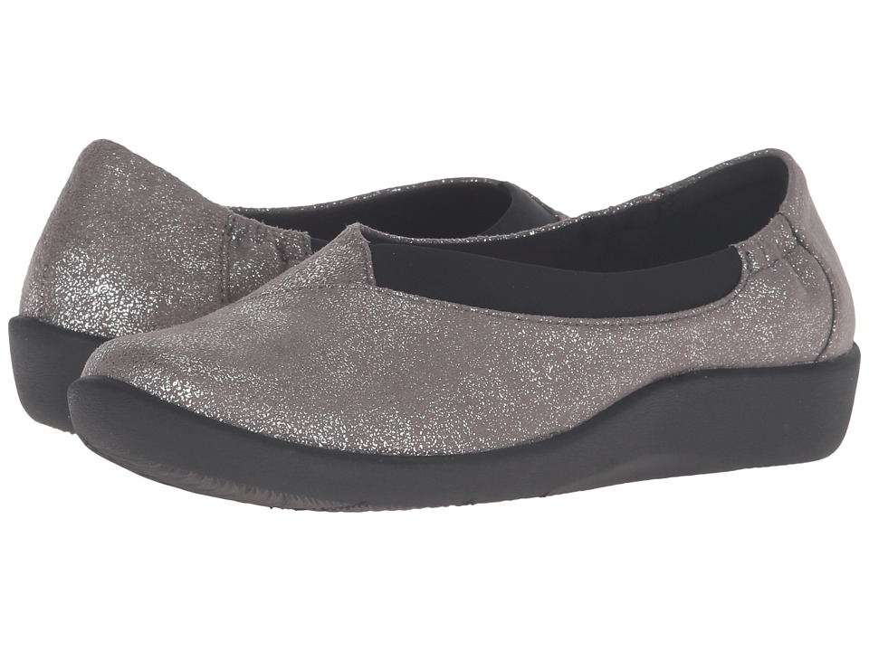 Clarks - Sillian Jetay (Silver Metallic Synthetic) Women's Slip on Shoes