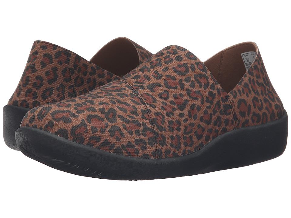 Clarks - Sillian Firn (Leopard Print Synthetic) Women's Shoes
