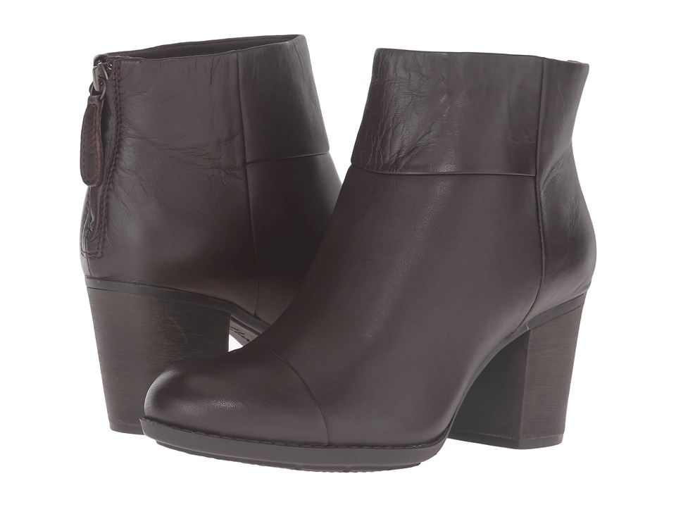 Clarks Enfield Tess (Brown Smooth Leather) Women