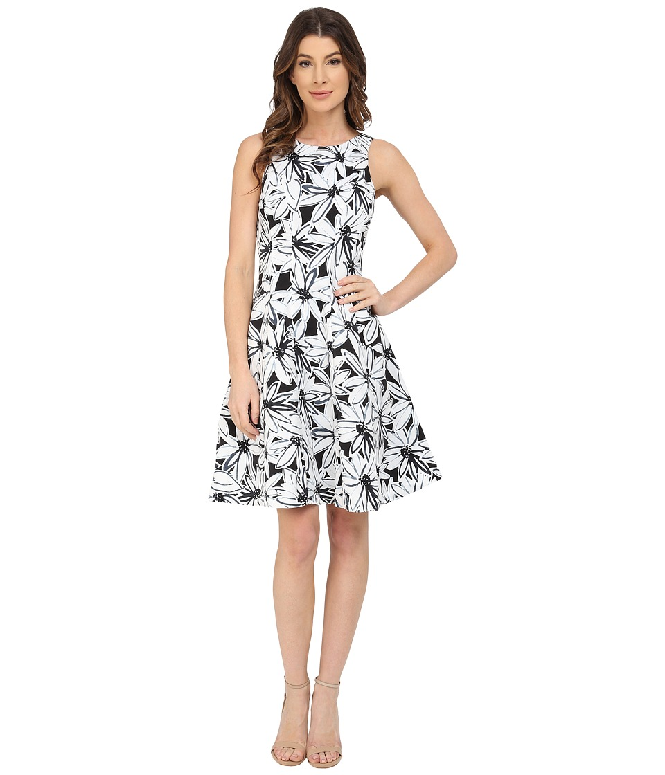 Maggy London - Stencil Daisy Print Faille Fit and Flare Dress (Black/Soft White) Women's Dress