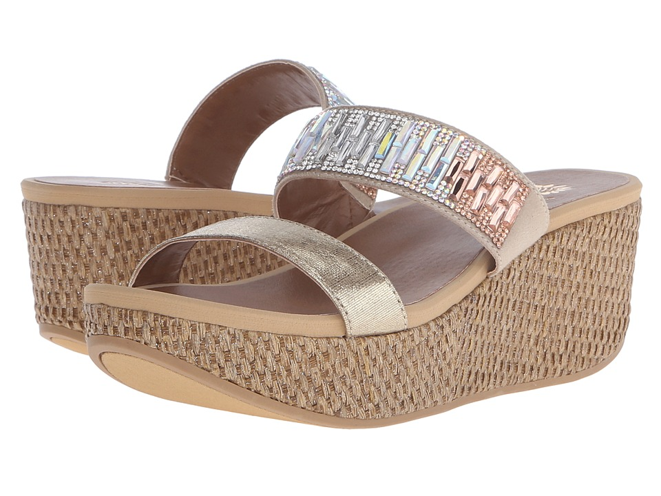 Yellow Box - Bonnie (Platino) Women's Wedge Shoes