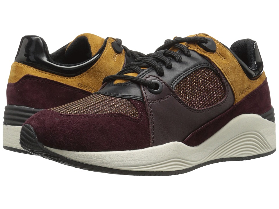 Geox - WOMAYA10 (Dark Burgundy) Women's Shoes