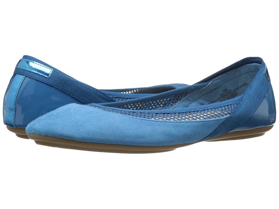 Easy Spirit - Yughe (Turquoise Multi) Women's Shoes