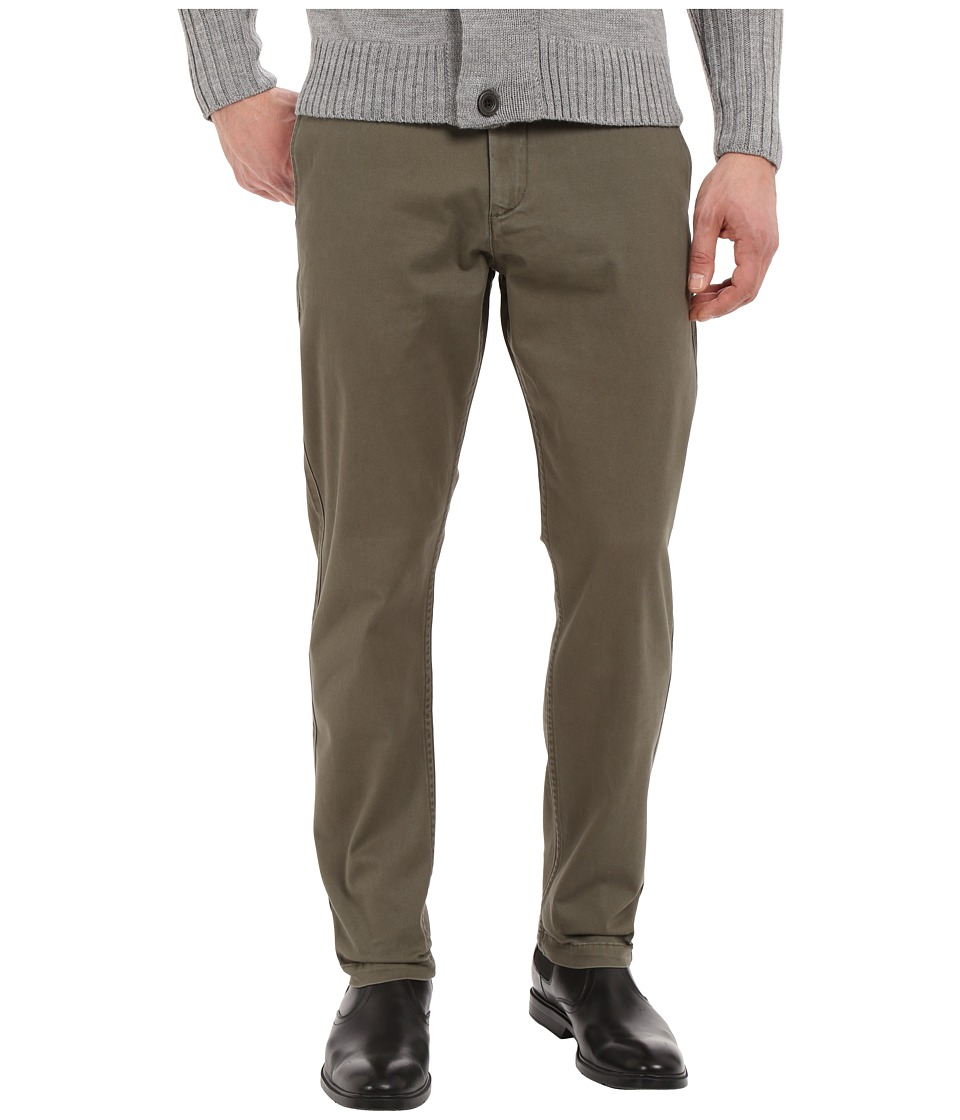 Dockers Men's - Washed Khaki Athletic (Dockers Olive) Men's Casual Pants