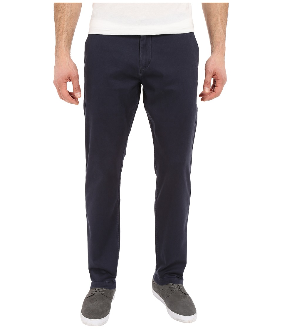 Dockers Men's - Washed Khaki Athletic (Pembroke) Men's Casual Pants
