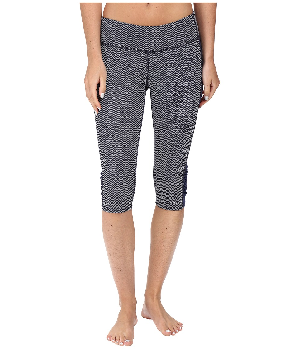 Carve Designs Hampton Capris (Anchor Chevron) Women