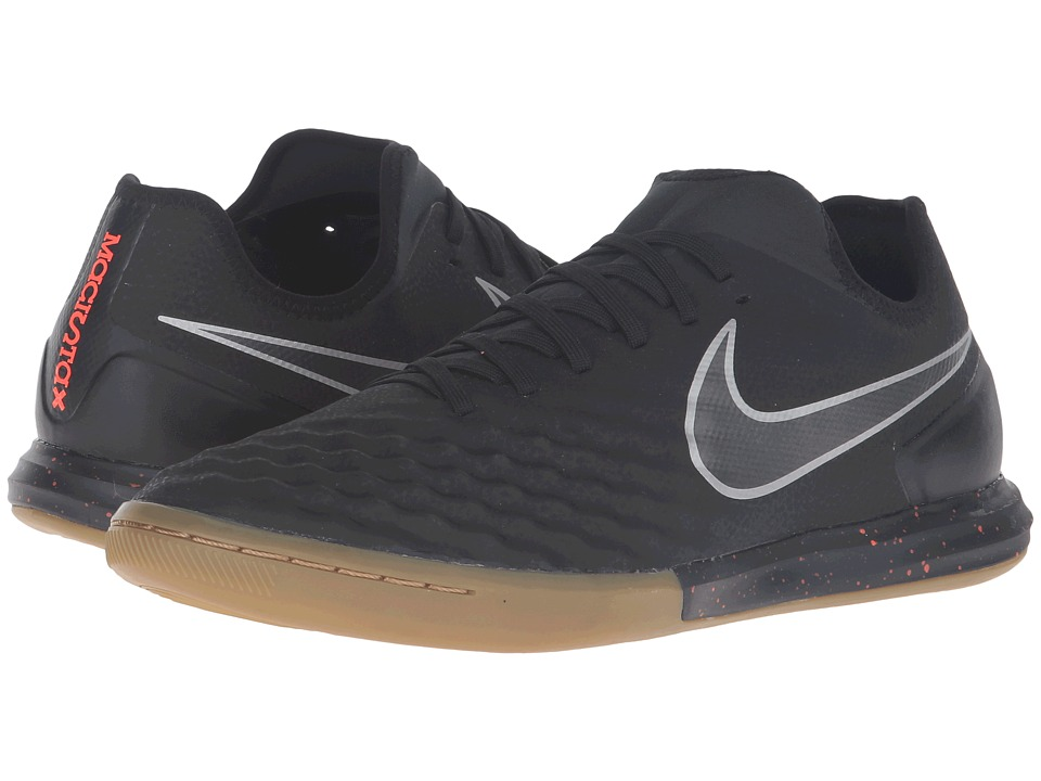 Nike - Magistax Finale II IC (Black/Total Crimson/Gum Light Brown/Black) Men's Shoes