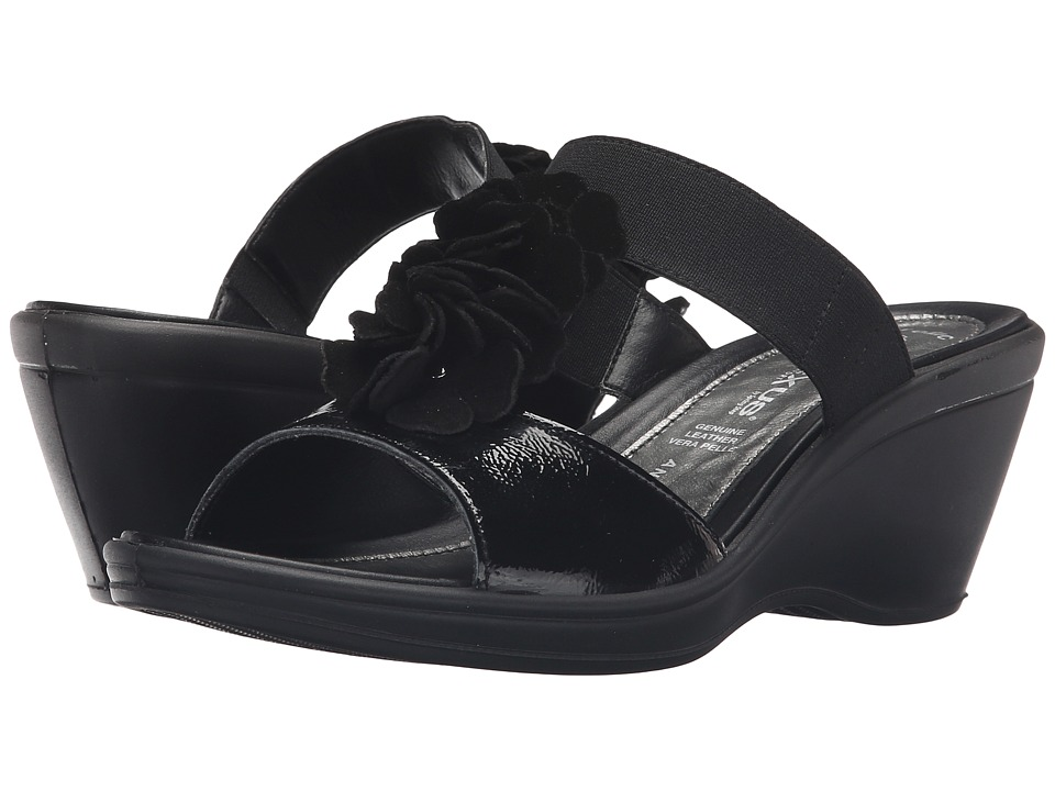 Spring Step - Gather (Black) Women's Shoes