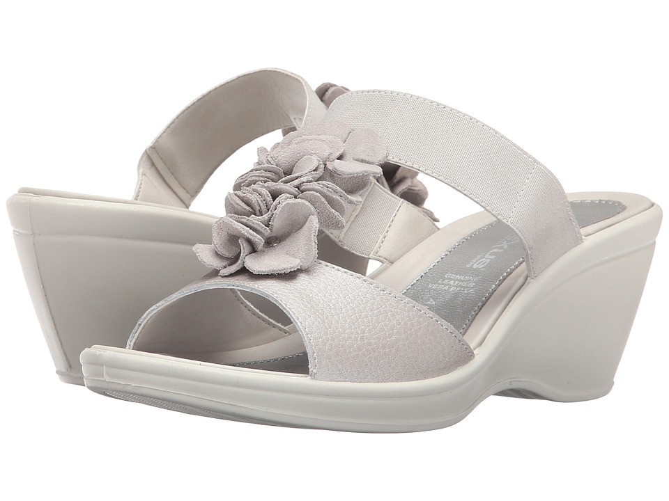 Spring Step - Gather (Silver) Women's Shoes