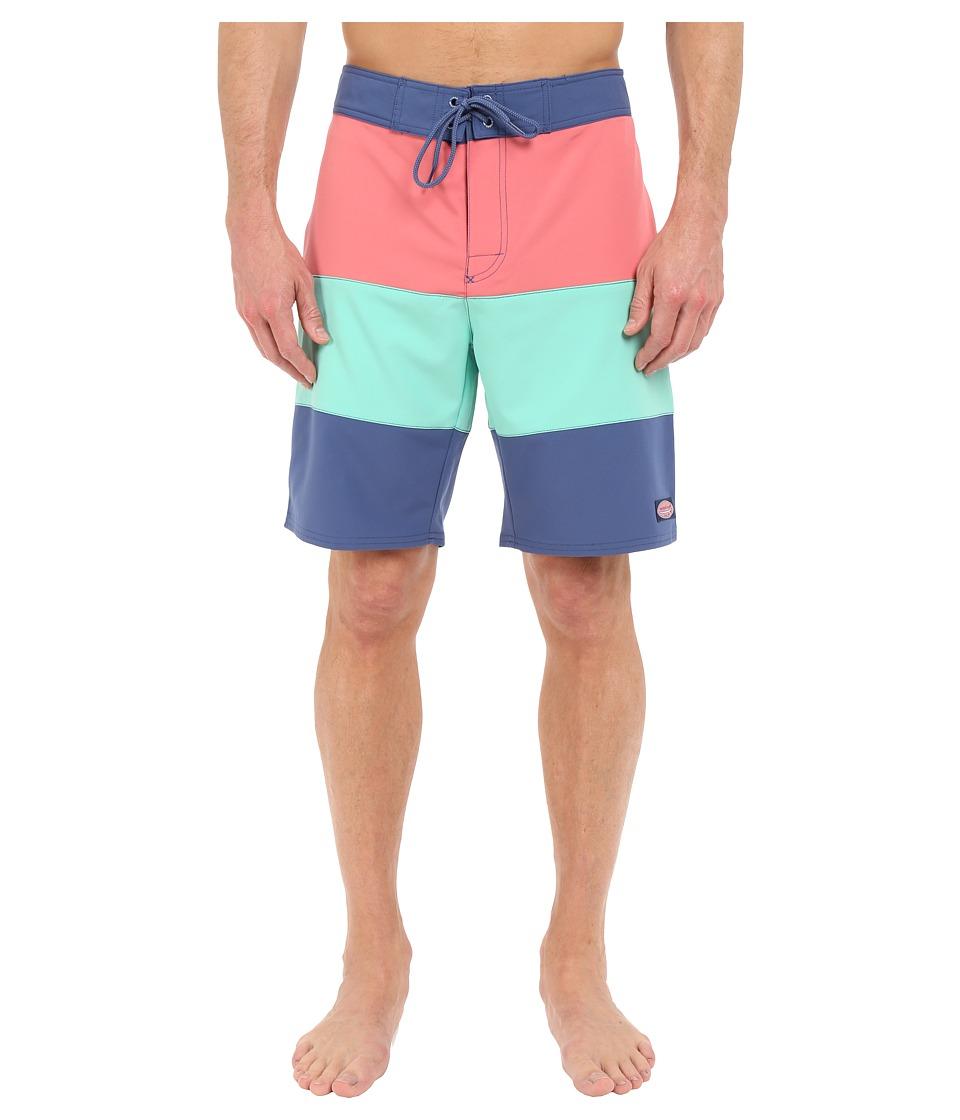Vineyard Vines - Pieced Stretch Boardshorts (Multi) Men's Swimwear