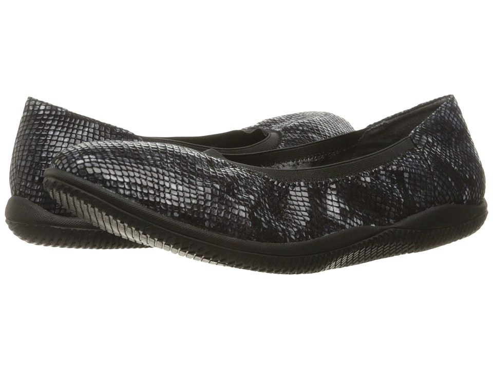 SoftWalk - Hampshire (Black Python) Women's Flat Shoes