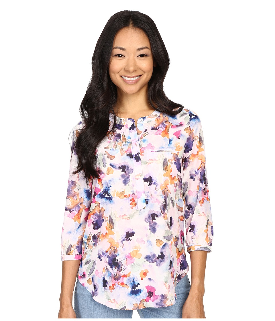 NYDJ Petite - Petite Solid 3/4 Sleeve Pleat Back (Spring Tide Floral) Women's Long Sleeve Pullover