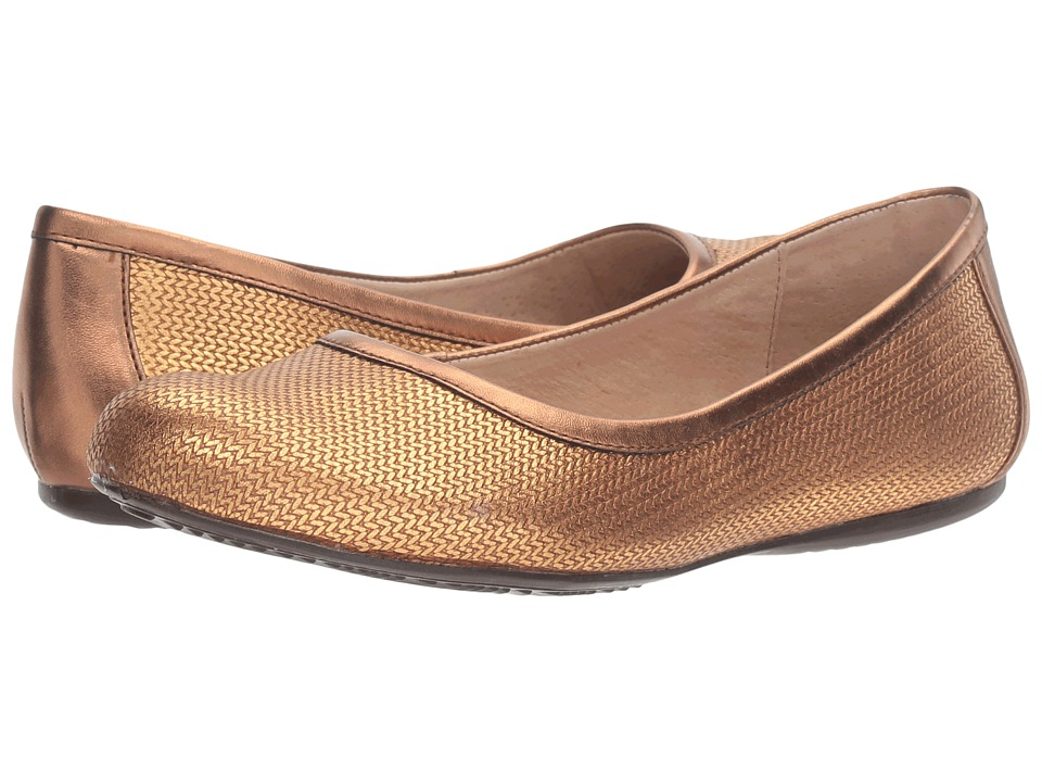 SoftWalk - Napa (Bronze Metallic Herringbone Embossed Leather) Women's Flat Shoes