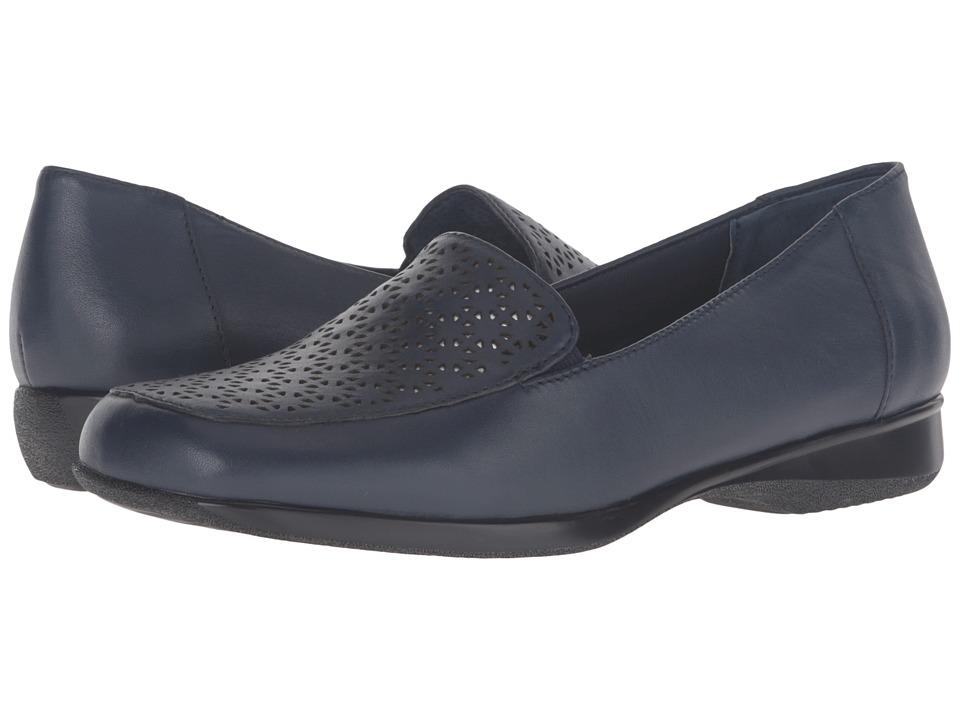 Trotters - Jenn Laser (Navy Soft Nappa Leather/Silver Metallic) Women's Slip on Shoes