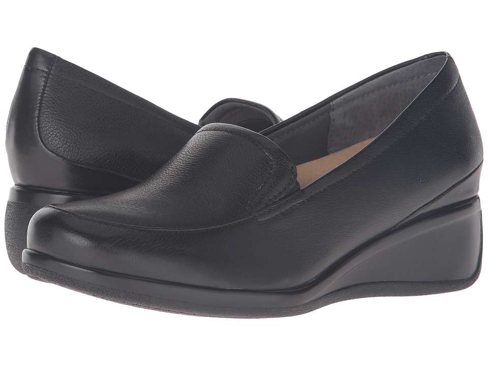 Trotters - Marche (Black Tumbled Leather) Women's Slip on Shoes