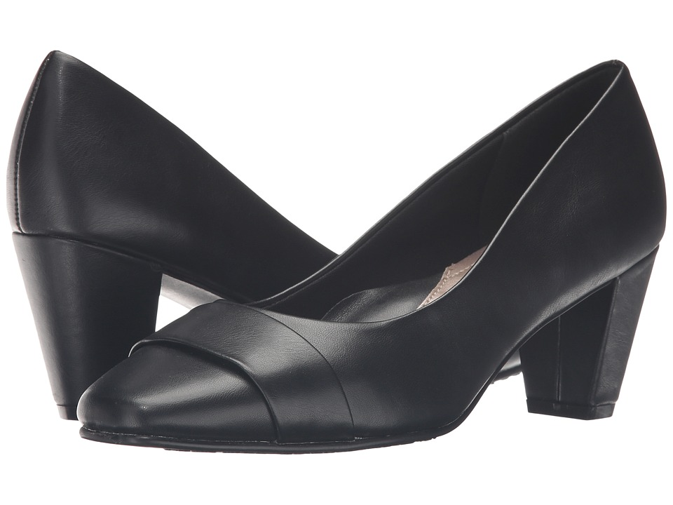 Soft Style - Mabry (Black Vitello) Women's 1-2 inch heel Shoes