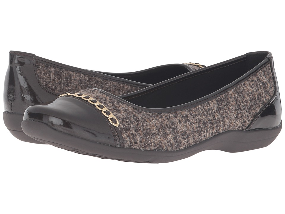 Soft Style - Helga (Dark Brown Tweed/Pearlized Patent) Women's Slip on Shoes