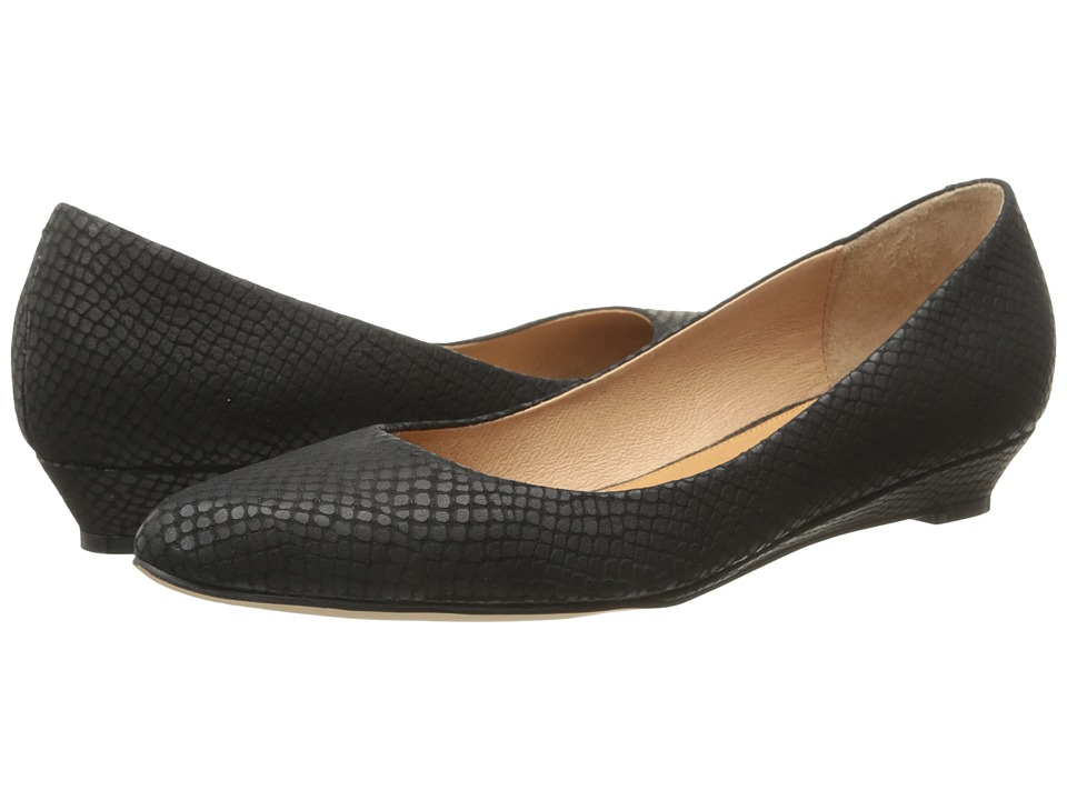 Corso Como - Kellie (Black Solid Snake) Women's Flat Shoes