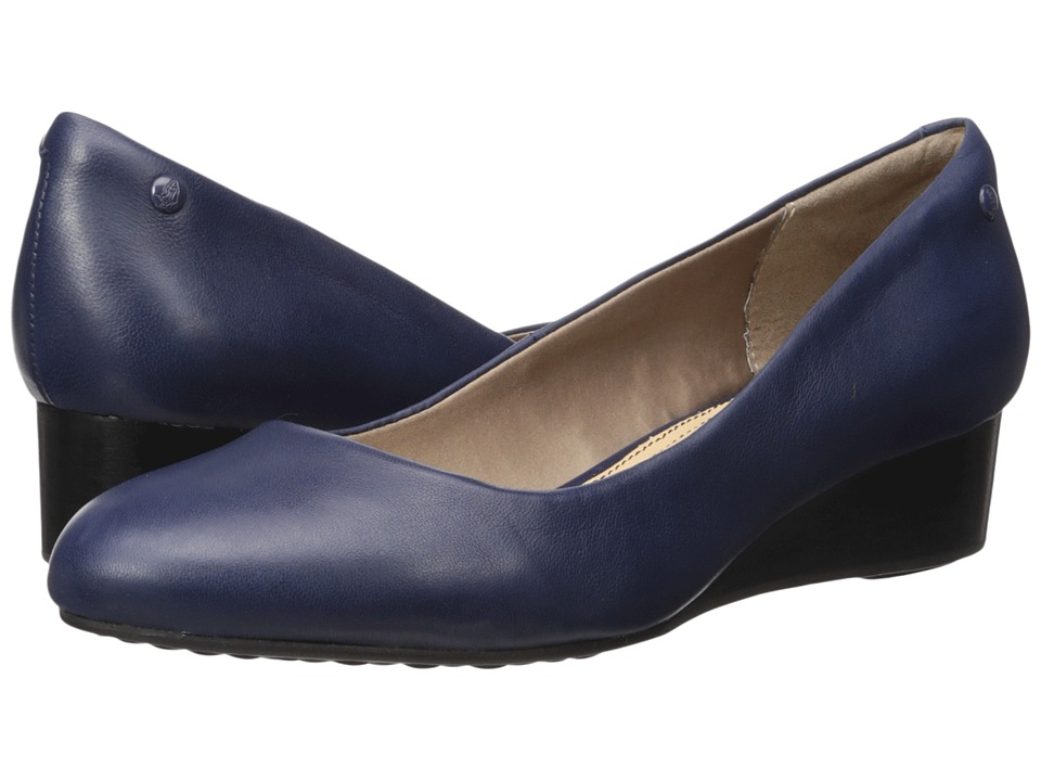 Hush Puppies Dot Admire (Navy Leather) Women