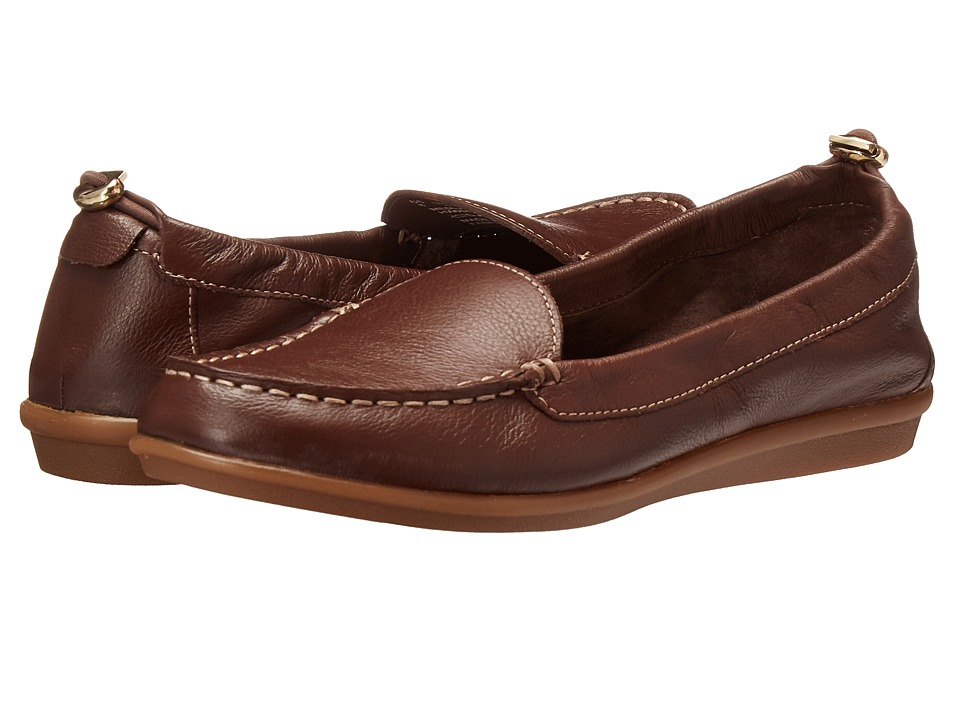 Hush Puppies - Endless Wink (Chocolate Leather) Women's Slip on Shoes
