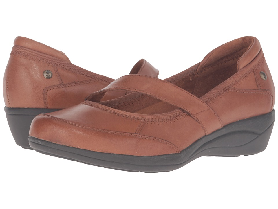 Hush Puppies - Velma Oleena (Tan Leather) Women's Slip on Shoes