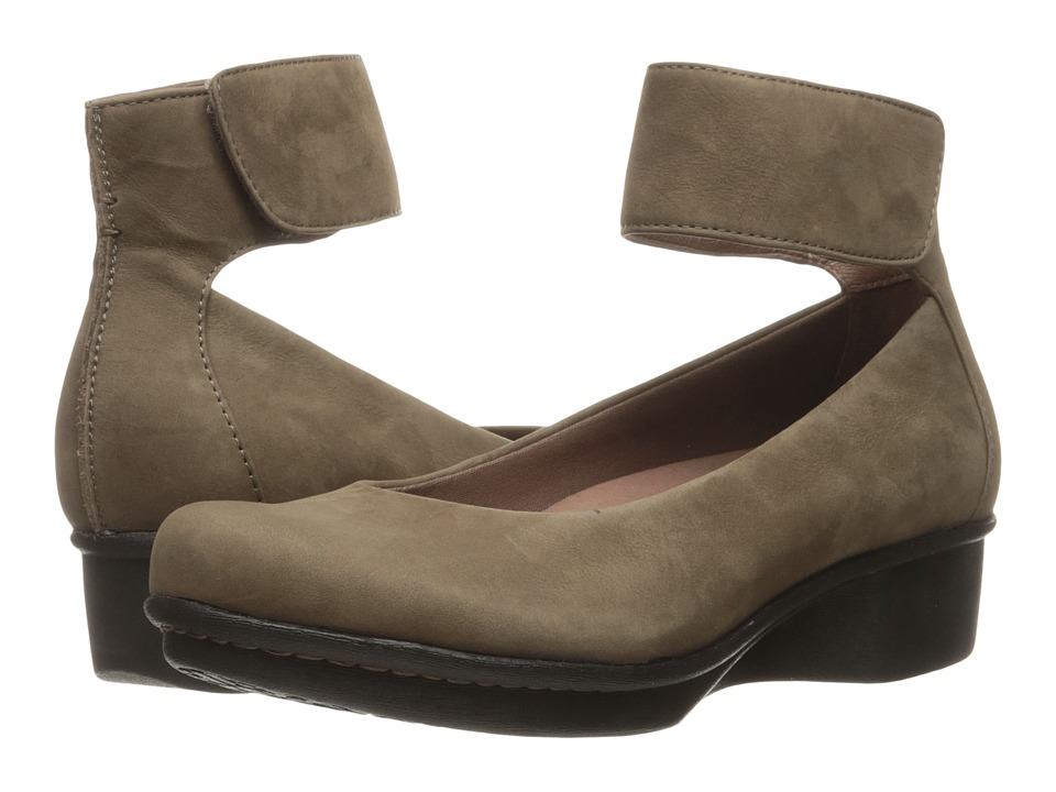 Dansko - Lulu (Khaki Nubuck) Women's Shoes