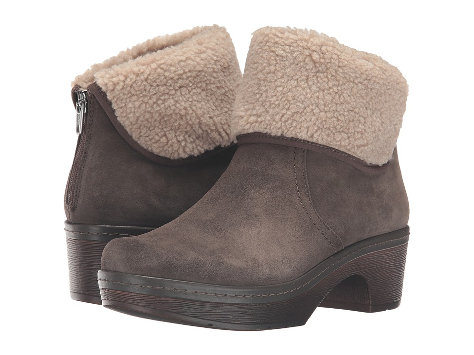 Clarks - Preslet Pierce (Dark Taupe Suede) Women's Shoes