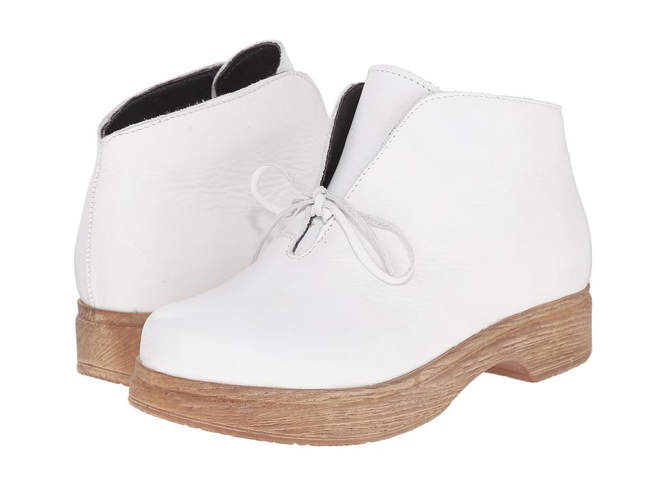 Calou Stockholm - Susanne (White) Women's Boots