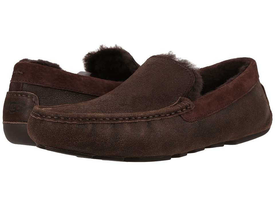 UGG - Henrick Bomber (Bomber Jacket Chocolate) Men's Slip on Shoes