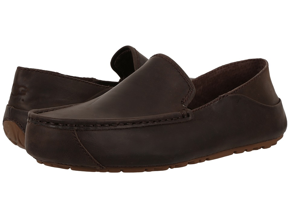 UGG - Hunley (Stout) Men's Slip on Shoes