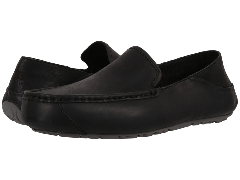 UGG - Hunley (Black) Men's Slip on Shoes