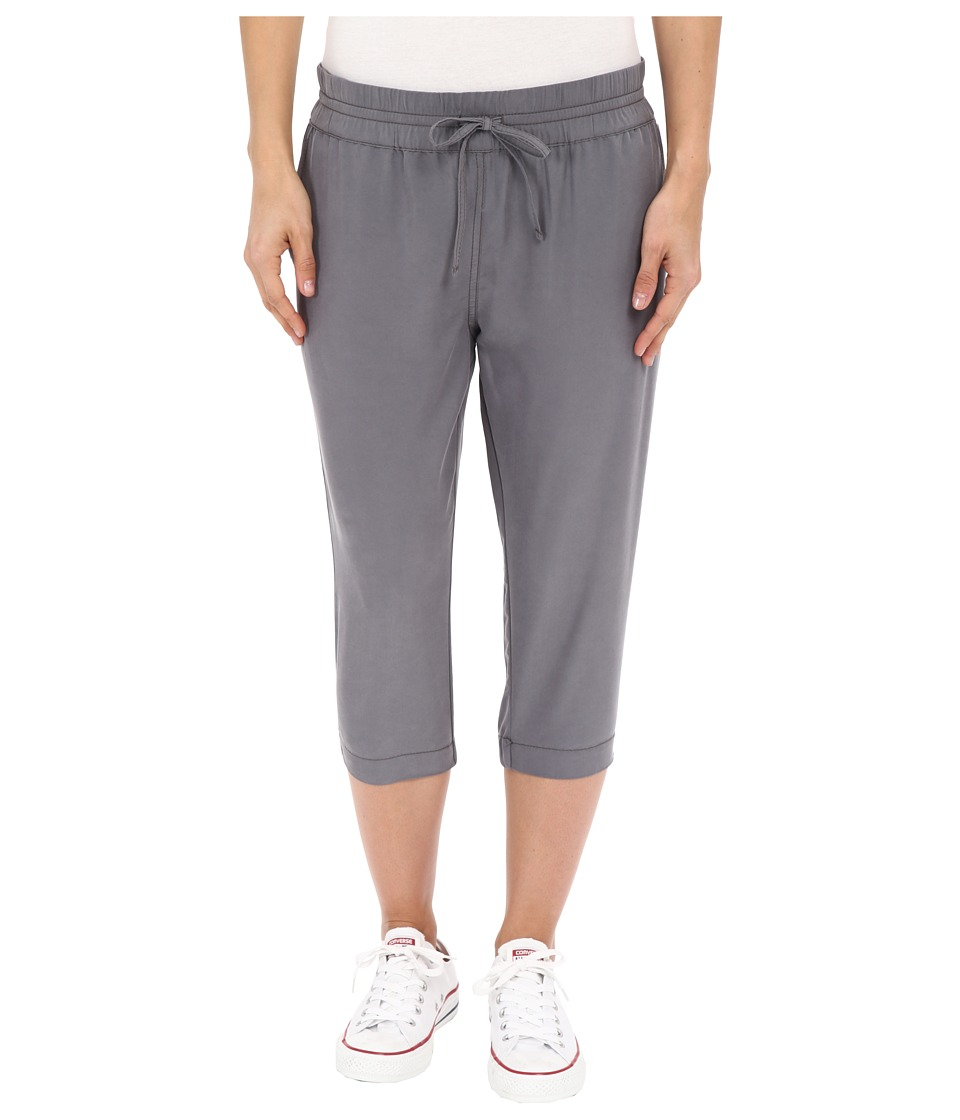 Bench - Radiance Capri Sweatpants (Smoked Pearl) Women's Capri