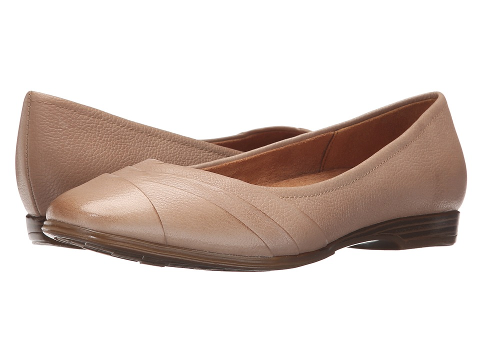 Naturalizer - Jaye (Mocha Taupe) Women's Flat Shoes