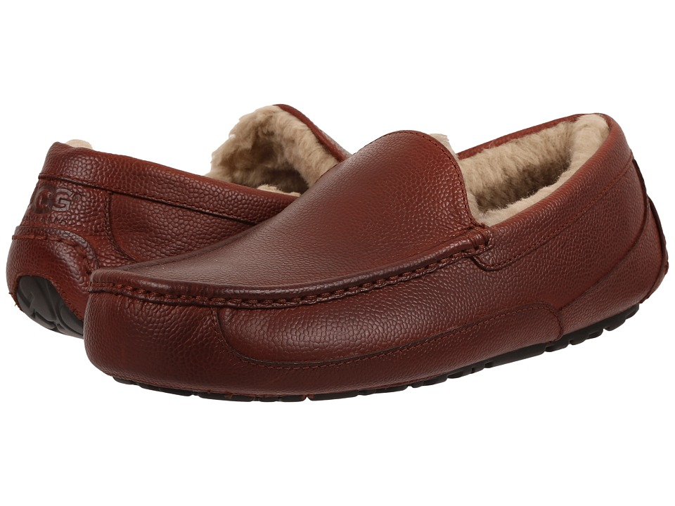 UGG - Ascot Scotch Grain (Cognac) Men's Slippers