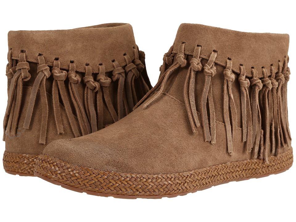 UGG - Shenendoah (Dark Chestnut) Women's Pull-on Boots