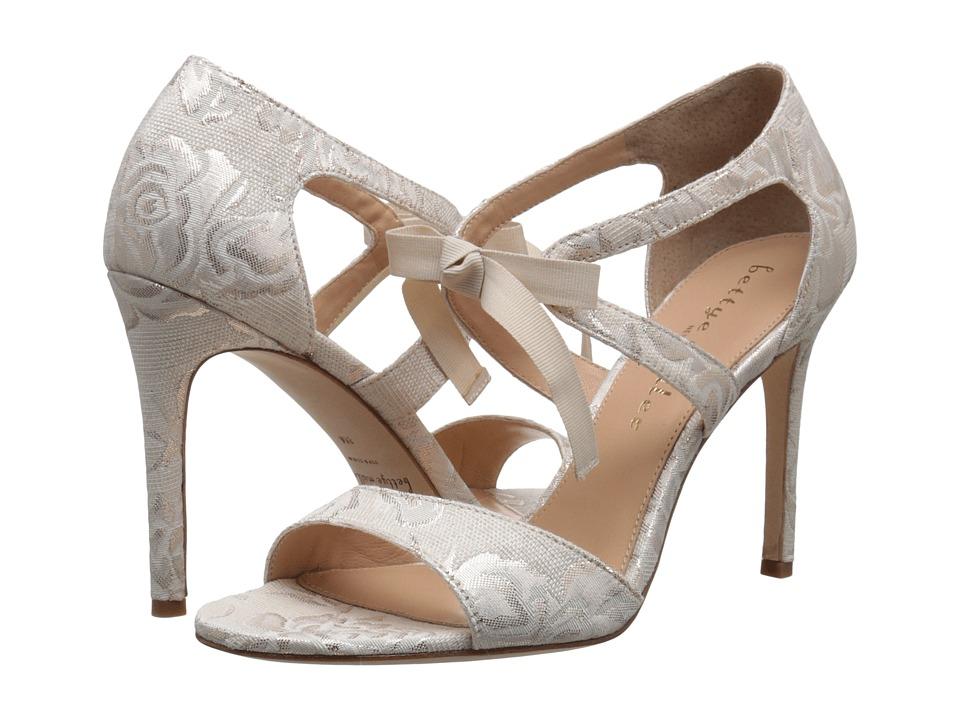 Bettye Muller Dreamy (Ivory Brocade) High Heels