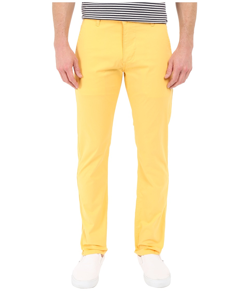 Dockers Men's - Alpha Original Khaki (Colonial Yellow) Men's Casual Pants