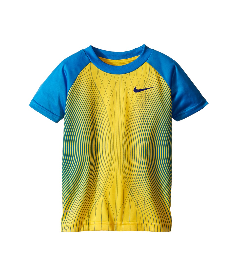 Nike Kids - Engineered 04 Dri-FIT Graphic Raglan Tee (Toddler) (Varsity Maize) Boy's Coat