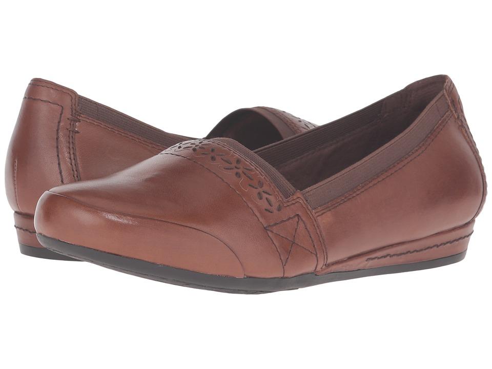 Rockport Cobb Hill Collection - Cobb Hill Gigi (Almond) Women's Slip on Shoes