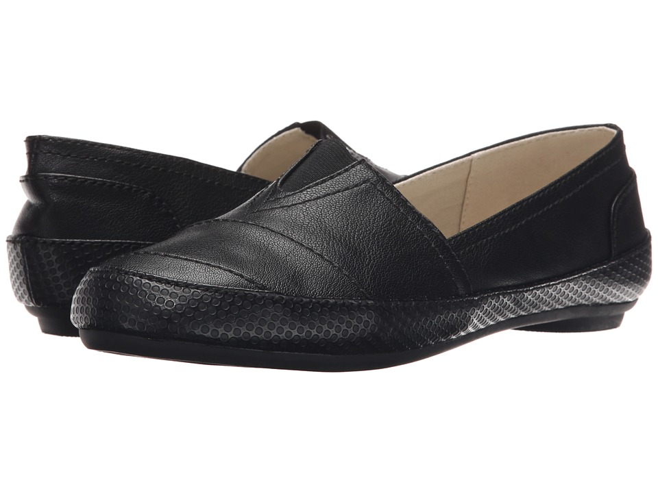 Nine West - Gilboy (Black/Black/Black Synthetic) Women's Flat Shoes