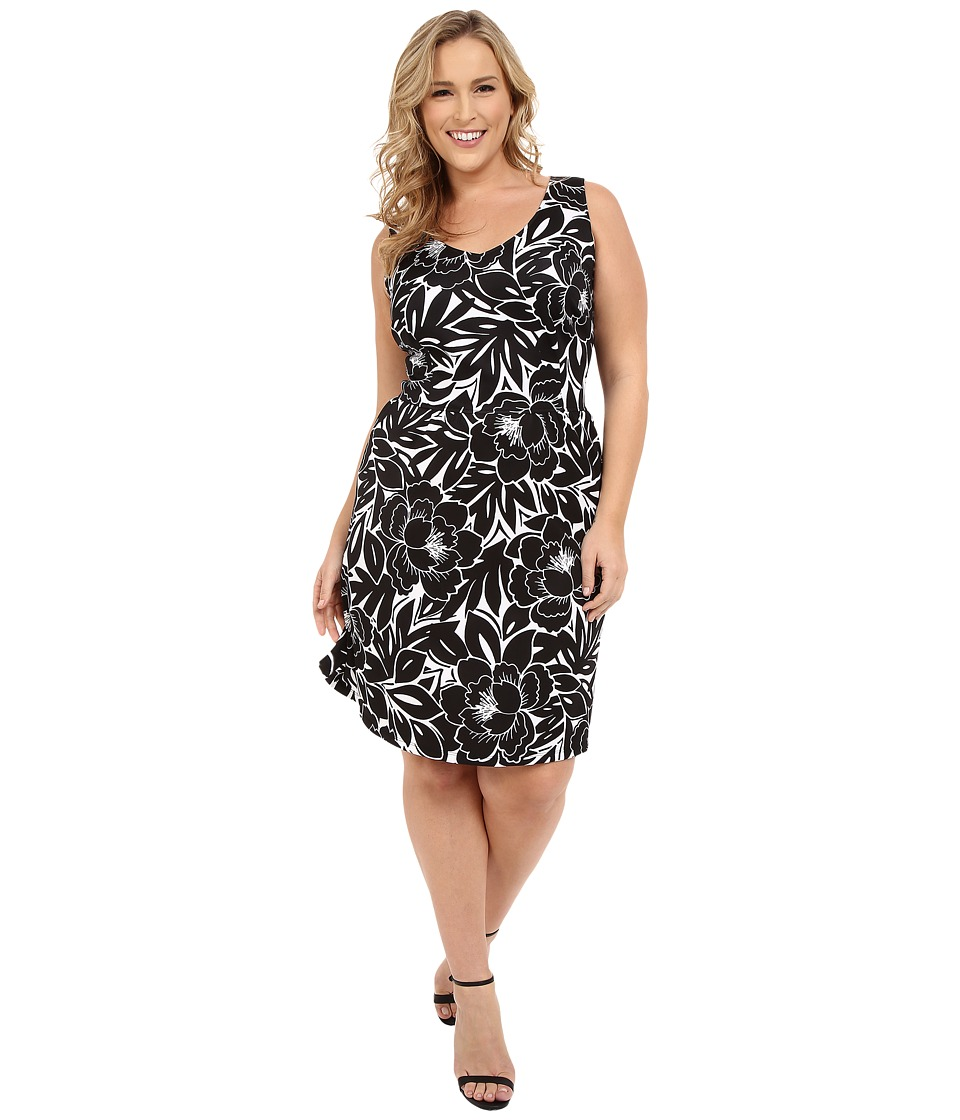 London Times - Plus Size Flat Full Bloom Fit and Flare (Soft White/Black) Women's Dress