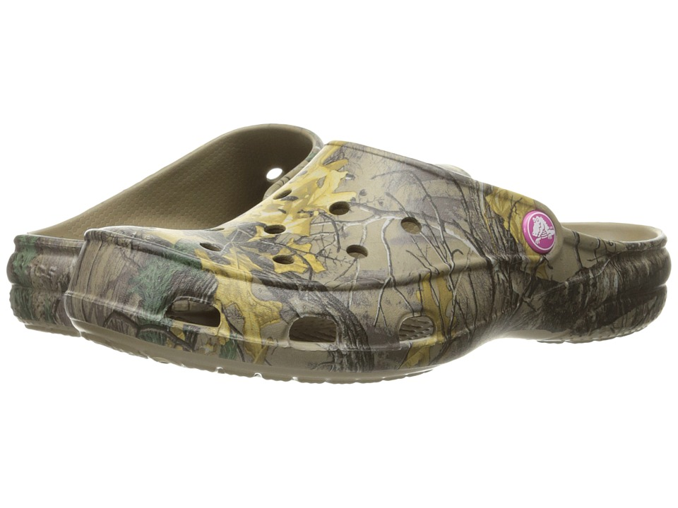 Crocs - Freesail Realtree Xtra II (Khaki) Women's Shoes
