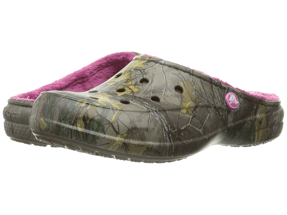 Crocs - Freesail Realtree Lined (Chocolate/Fuchsia) Women's Shoes