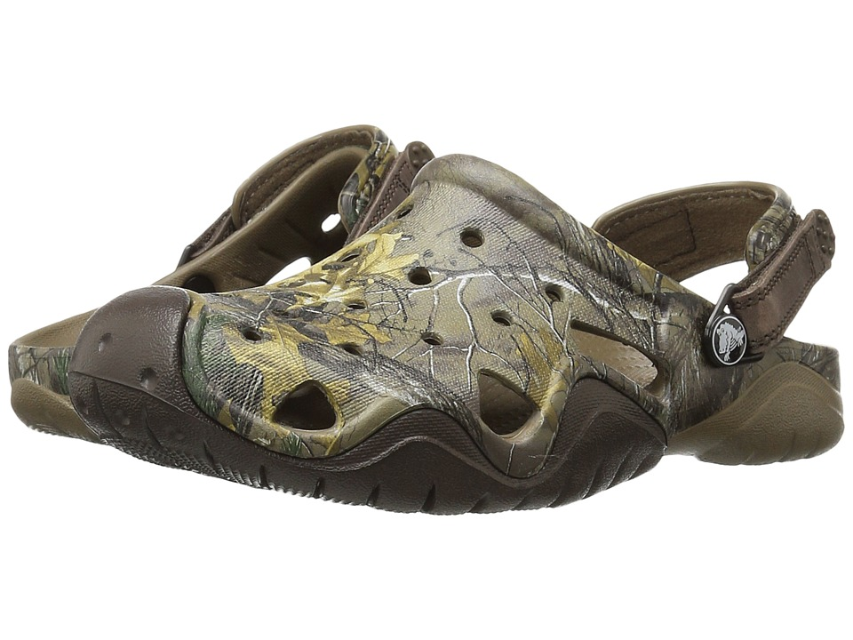 Crocs - Swiftwater Realtree Xtra Clog (Walnut/Espresso) Men's Clog Shoes