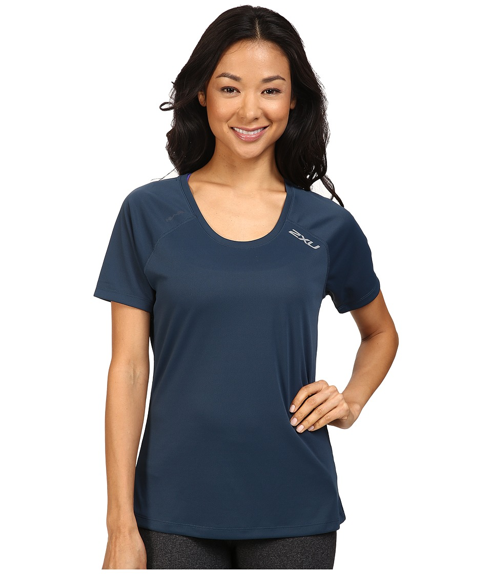 2XU - Tech Vent Short Sleeve Top (Ombre Blue/Ombre Blue) Women's Clothing