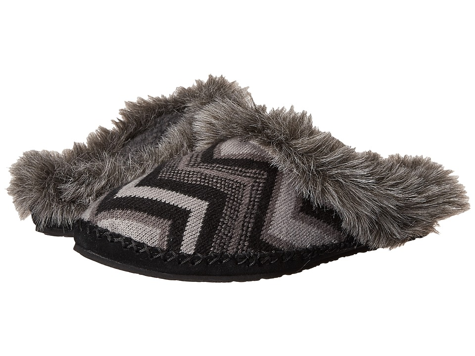 Sanuk - Willow Pillow (Black Multi Chevron) Women's Slip on Shoes