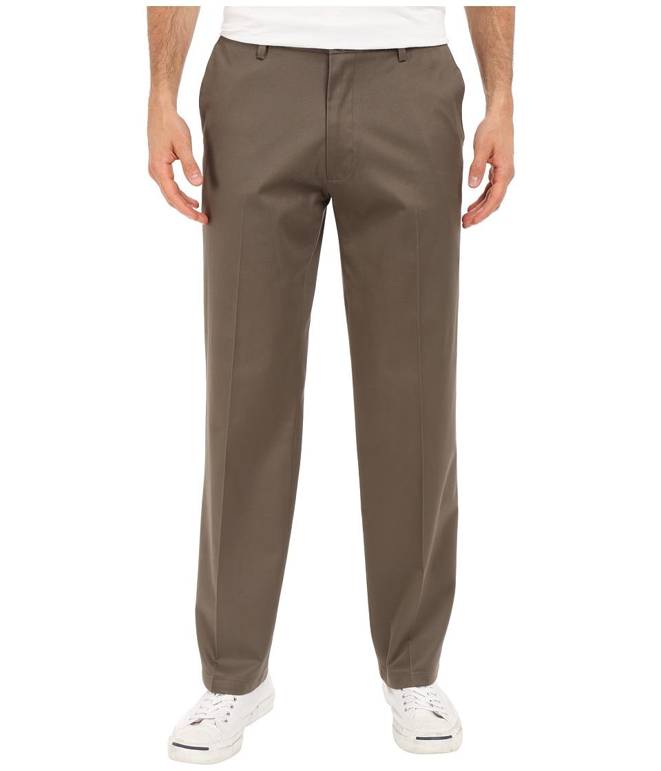 Dockers Men's - Signature Khaki D2 Straight Fit Flat Front (Dark Pebble Stretch) Men's Casual Pants